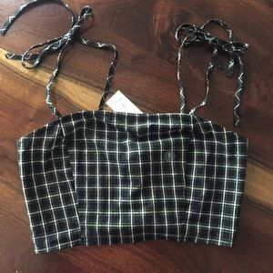 NWT Kendall and Kylie crop